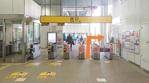 【京急本線】梅屋敷駅改札口を右手に出る